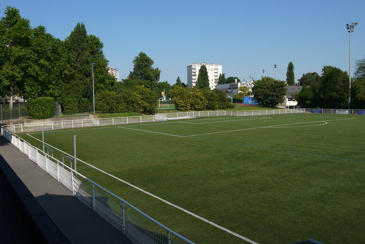 Stade maurice cubizolles football club de maisons alfort for 7 avenue du general de gaulle maison alfort